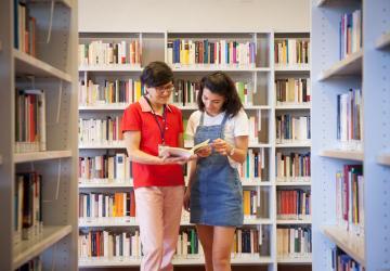 Biblioteca umanistica, interno